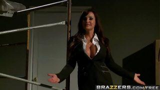 Brazzers – Pornstars Like it Big – Reservoir Sluts scene starring Lisa Ann, Nikki Benz, Johnny Sins