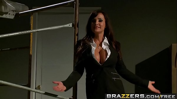 Brazzers – Pornstars Like it Big – Reservoir Sluts scene starring Lisa Ann, Nikki Benz, Johnny Sins