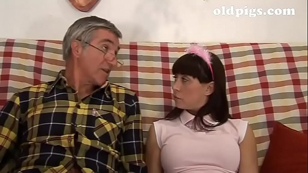 Naughty teenager gives a blow job to her grandpa!