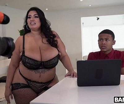 BANGBROS – Exclusive Behind The Scenes Video With Lil D and BBW Sofia Rose