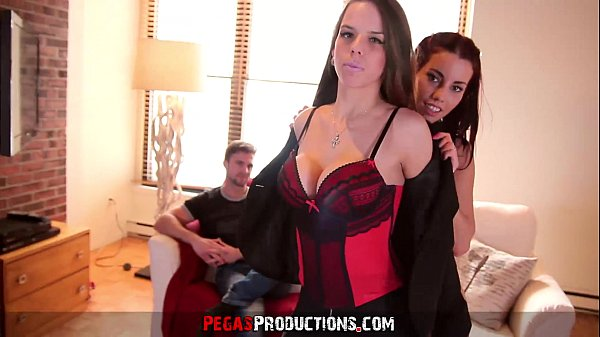 Big Tits Teen learns to Fuck in Casting Threesome