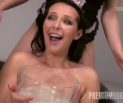 Premium Bukkake – Carolina Vogue swallows 66 huge mouthful cum loads